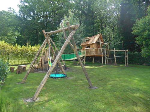 House@tree - Boomhut met speeltuin
